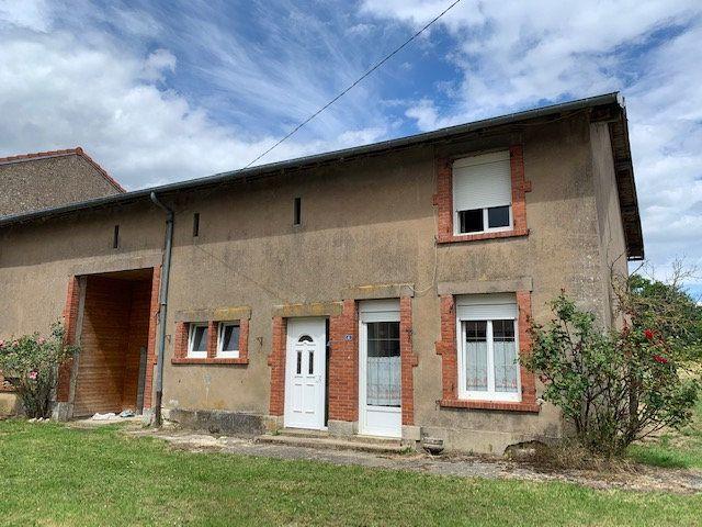 Maison à vendre 6 120m2 à Saulx-lès-Champlon vignette-1