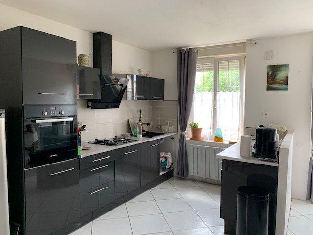 Maison à vendre 6 120m2 à Saulx-lès-Champlon vignette-5