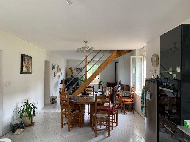 Maison à vendre 6 120m2 à Saulx-lès-Champlon vignette-7