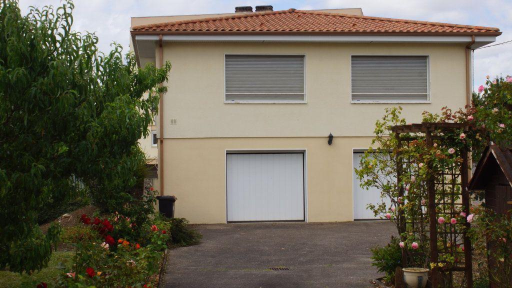 Maison à vendre 7 136m2 à Belleville-sur-Meuse vignette-2
