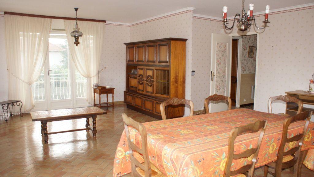 Maison à vendre 7 136m2 à Belleville-sur-Meuse vignette-4