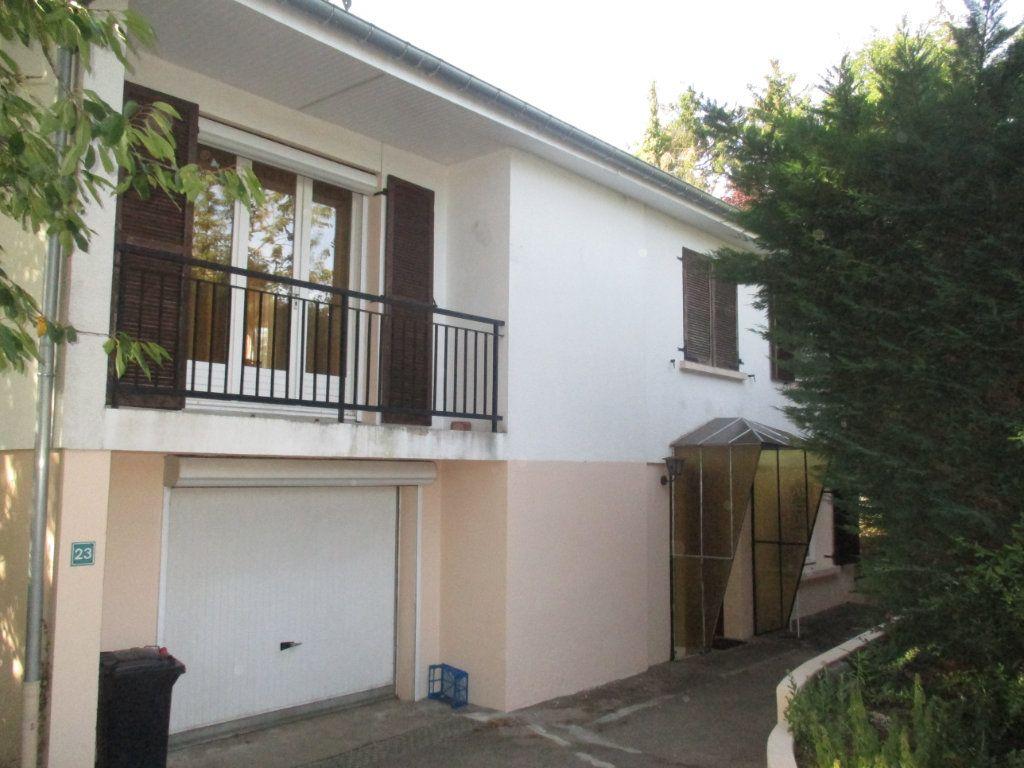 Maison à vendre 6 110m2 à Charny-sur-Meuse vignette-2