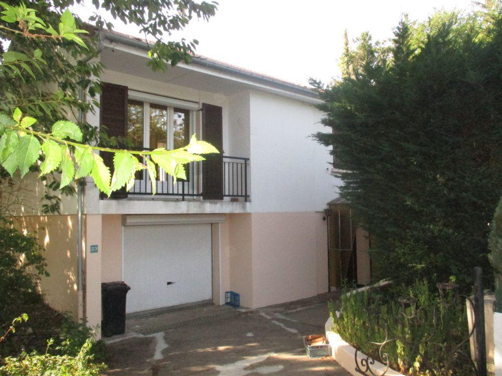 Maison à vendre 6 110m2 à Charny-sur-Meuse vignette-3
