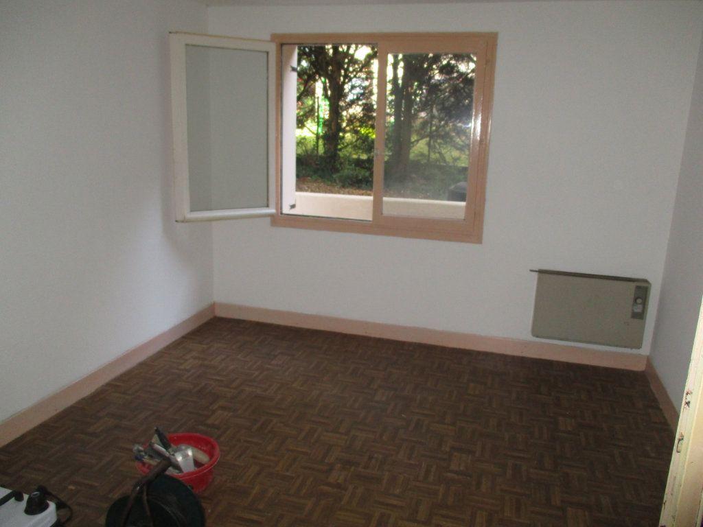 Maison à vendre 6 110m2 à Charny-sur-Meuse vignette-4