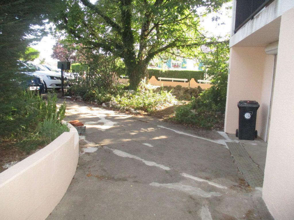 Maison à vendre 6 110m2 à Charny-sur-Meuse vignette-12