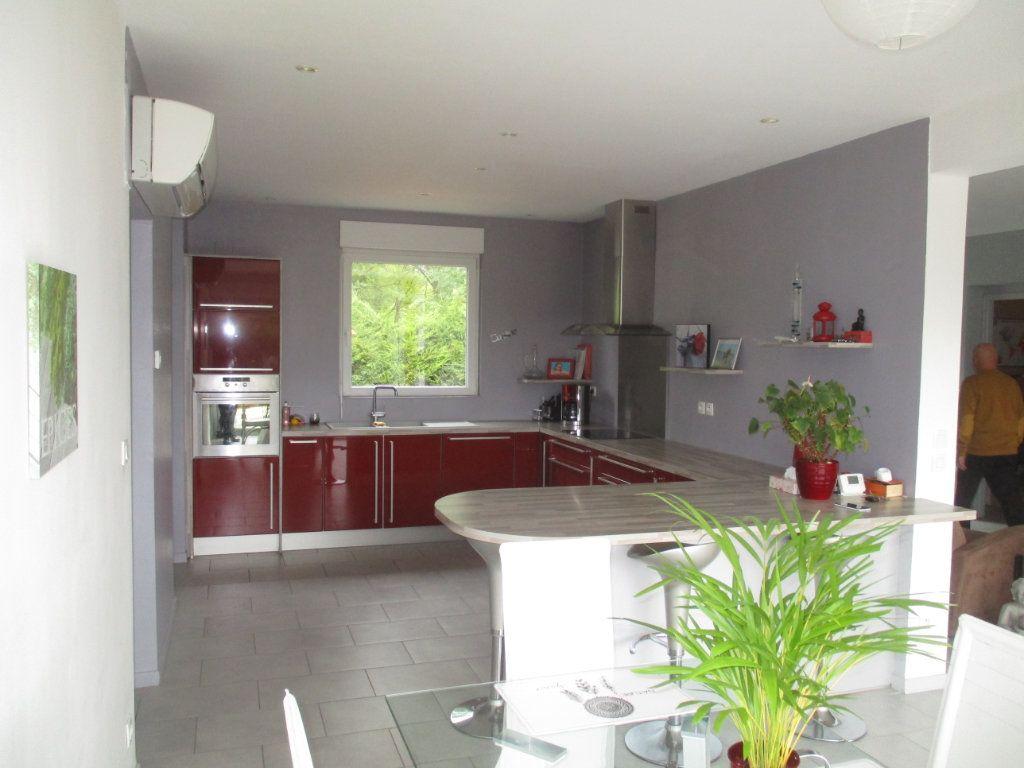 Maison à vendre 6 132m2 à Thierville-sur-Meuse vignette-3