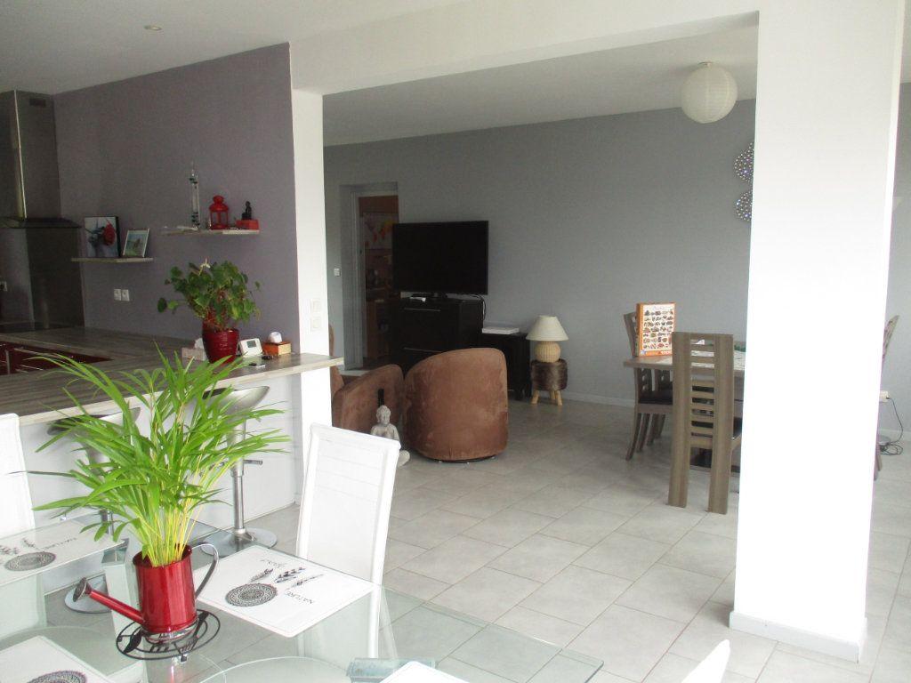 Maison à vendre 6 132m2 à Thierville-sur-Meuse vignette-5