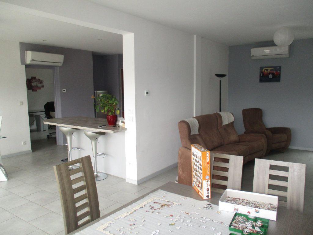 Maison à vendre 6 132m2 à Thierville-sur-Meuse vignette-6