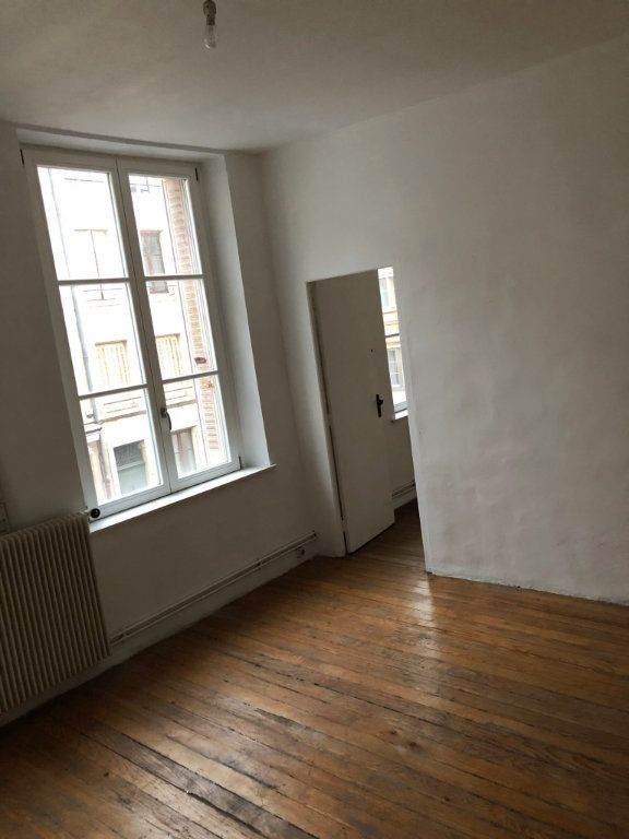 Appartement à louer 4 64m2 à Nancy vignette-6