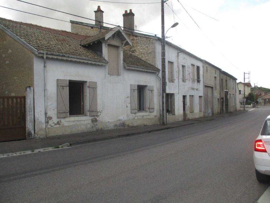 Maison à vendre 10 150m2 à Saint-Mihiel vignette-2