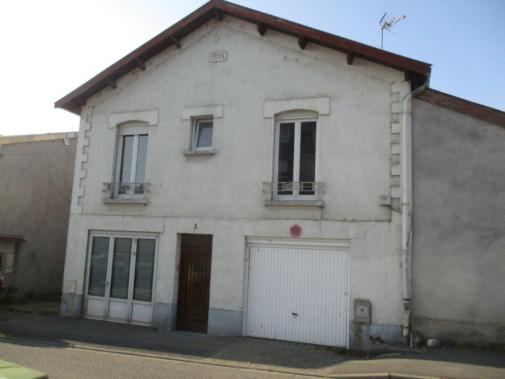 Maison à vendre 6 120m2 à Thierville-sur-Meuse vignette-1