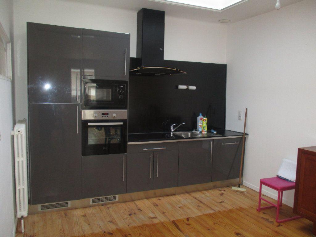 Maison à vendre 6 120m2 à Thierville-sur-Meuse vignette-2
