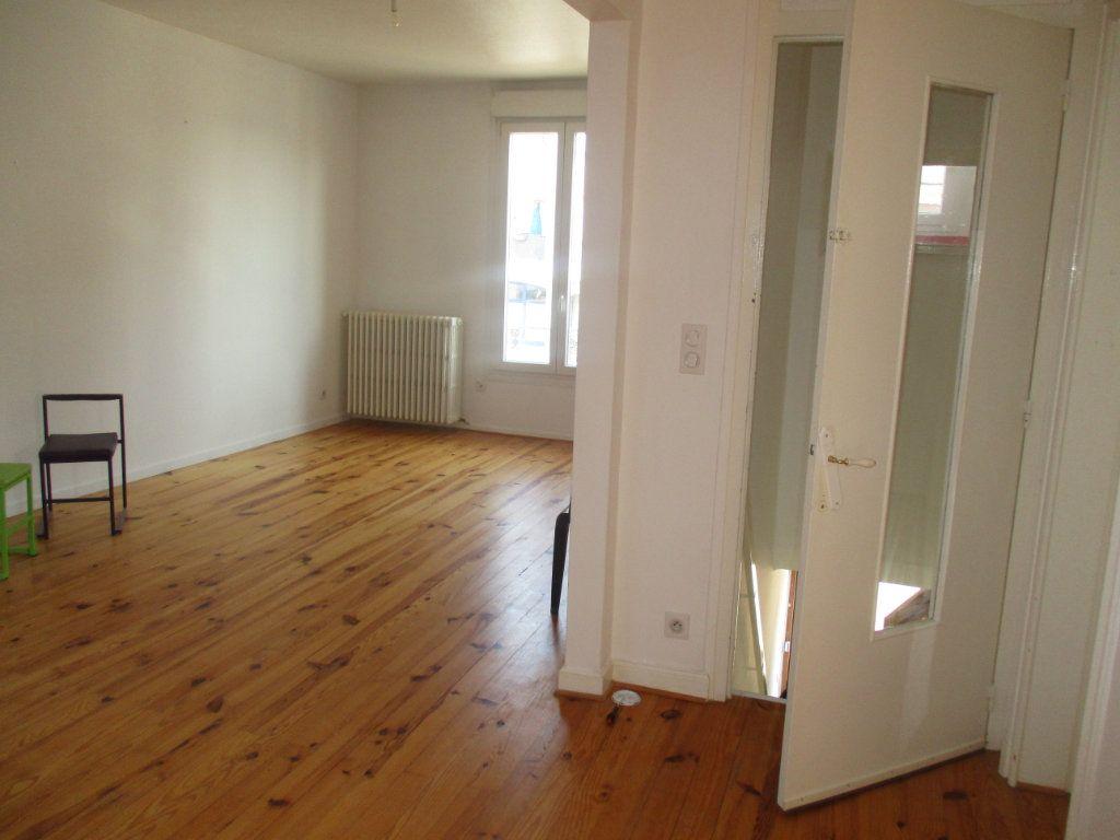 Maison à vendre 6 120m2 à Thierville-sur-Meuse vignette-11