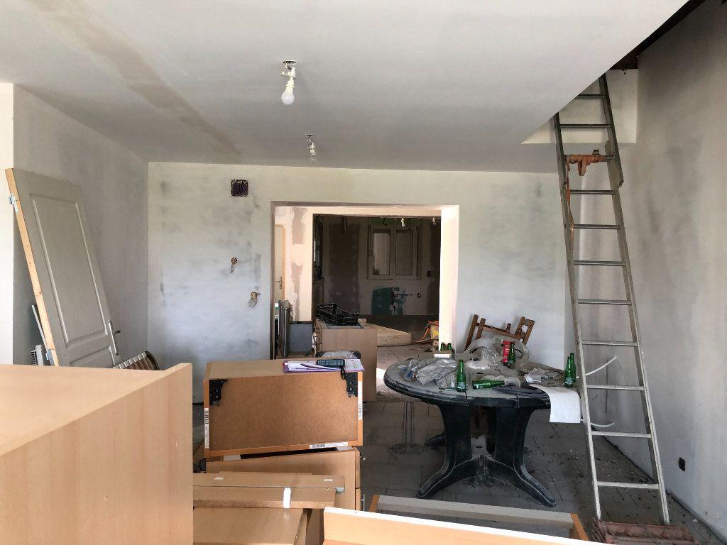 Maison à vendre 4 200m2 à Gincrey vignette-7