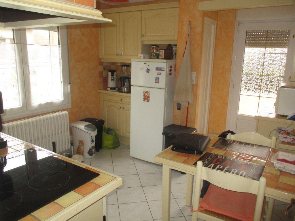 Maison à vendre 5 87m2 à Thierville-sur-Meuse vignette-5