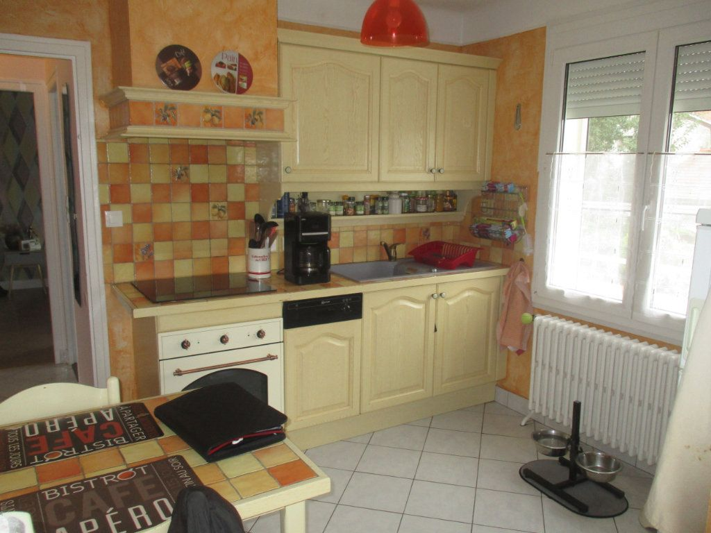 Maison à vendre 5 87m2 à Thierville-sur-Meuse vignette-6