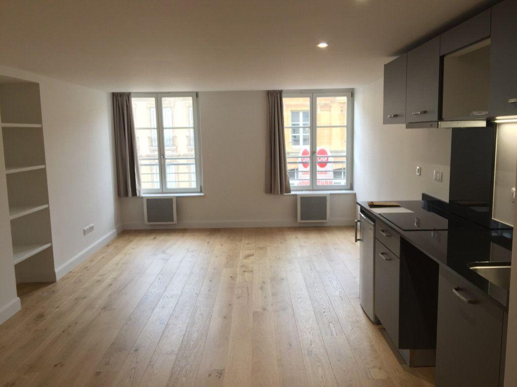 Appartement à louer 1 39.76m2 à Nancy vignette-1