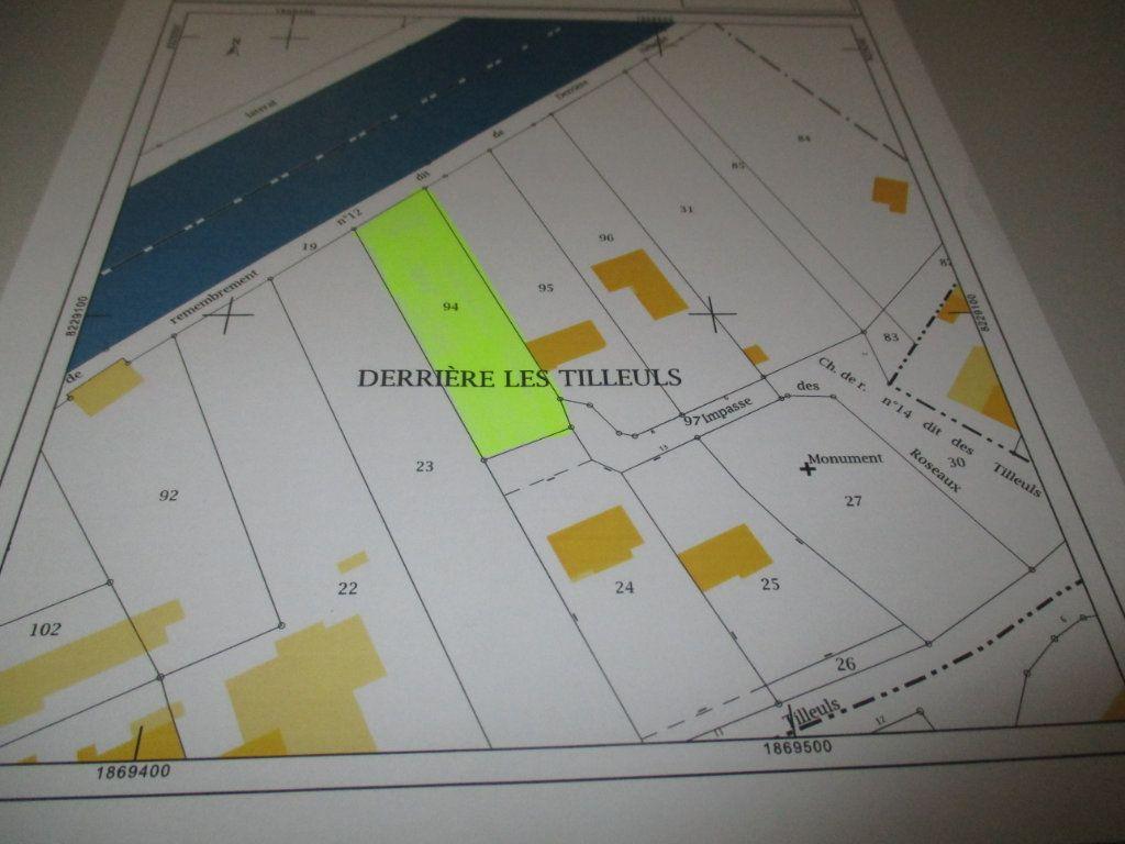 Terrain à vendre 0 1394m2 à Champneuville vignette-2