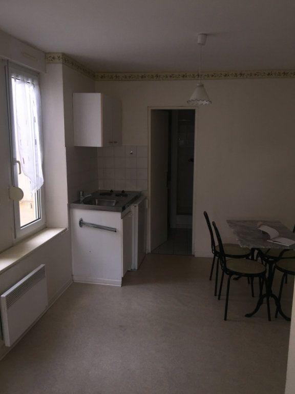 Appartement à louer 1 20.3m2 à Nancy vignette-1
