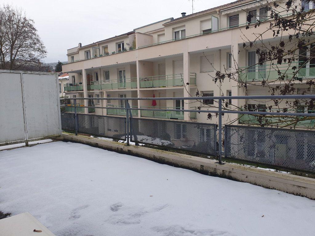 Appartement à louer 1 35.65m2 à Nancy vignette-2