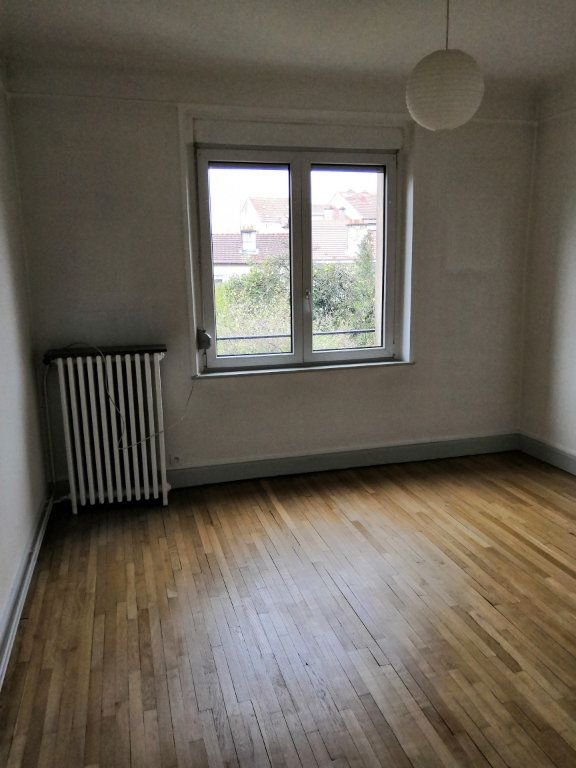 Appartement à louer 4 85m2 à Nancy vignette-8