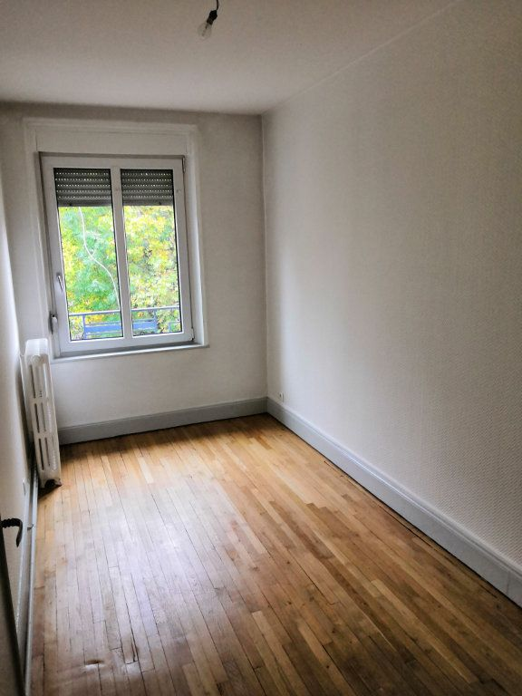 Appartement à louer 4 85m2 à Nancy vignette-9