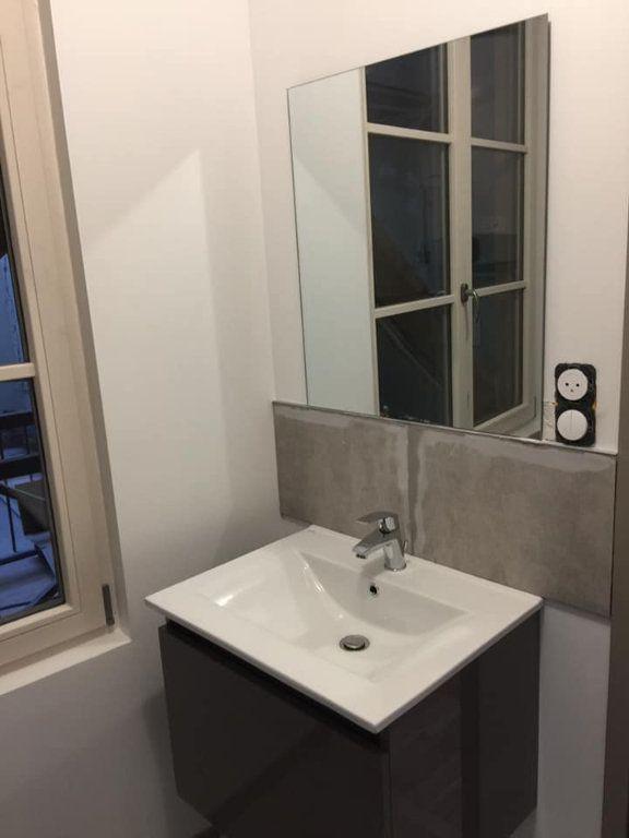 Appartement à louer 1 24m2 à Nancy vignette-6