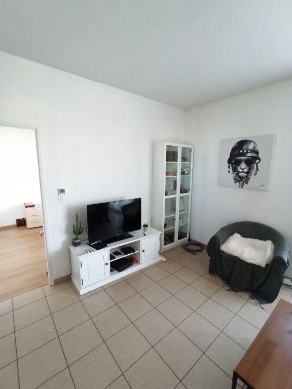 Appartement à louer 2 40.55m2 à Nancy vignette-2