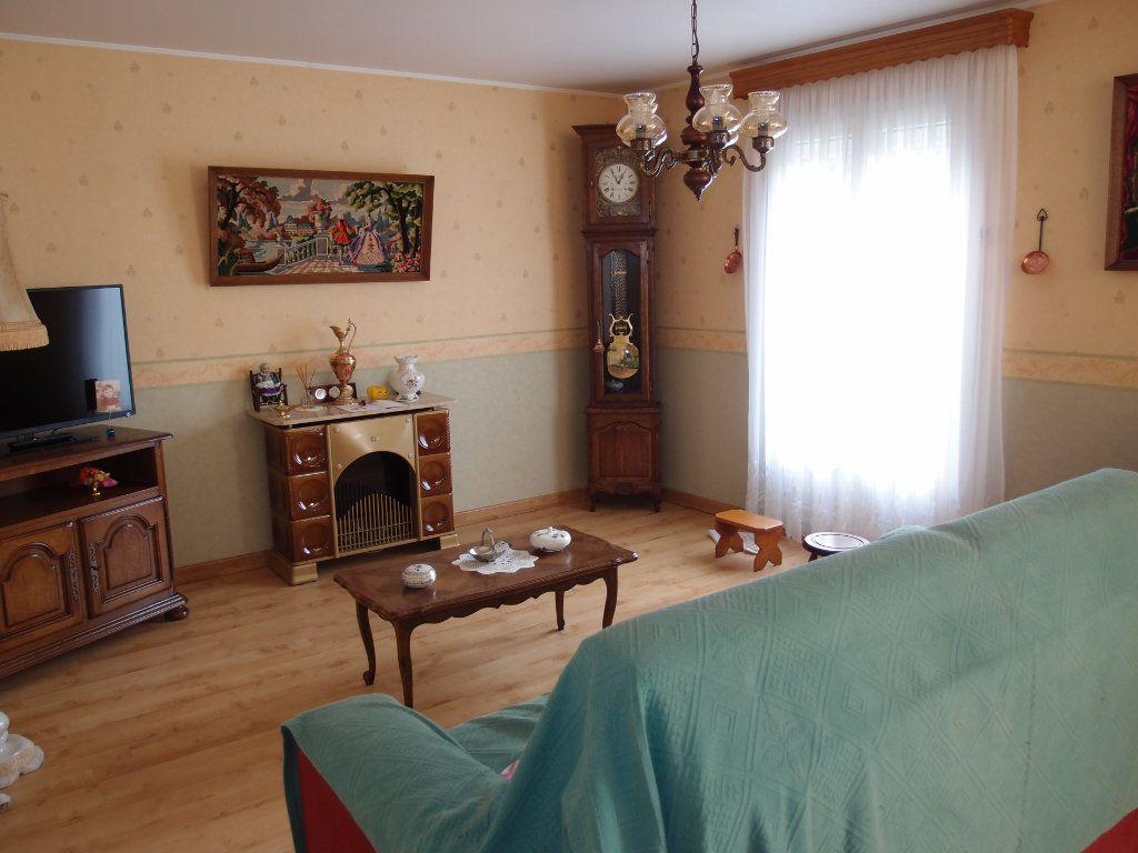 Maison à vendre 6 108m2 à Thierville-sur-Meuse vignette-3