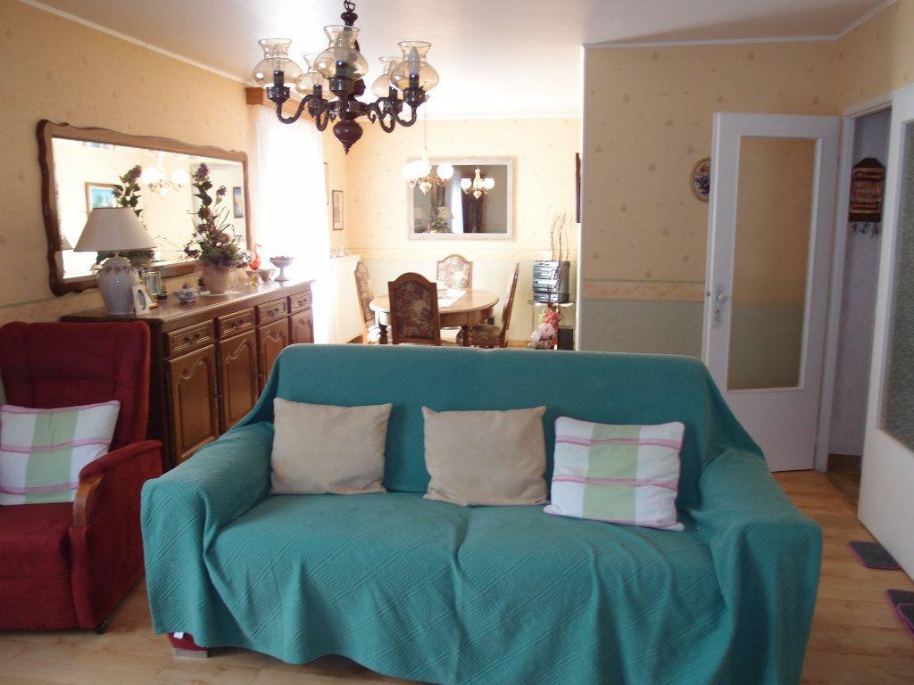 Maison à vendre 6 108m2 à Thierville-sur-Meuse vignette-4