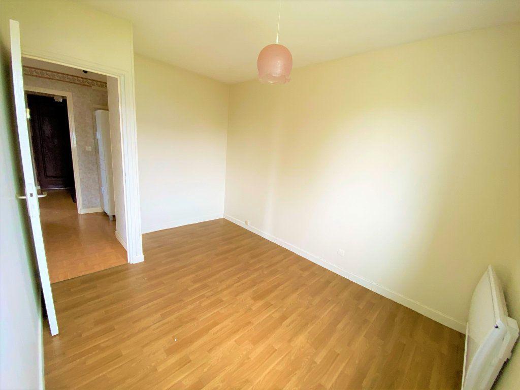 Maison à vendre 6 107.34m2 à Cuvry vignette-8