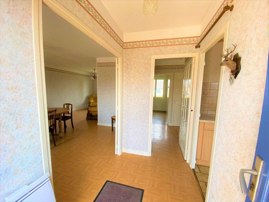 Maison à vendre 6 107.34m2 à Cuvry vignette-11