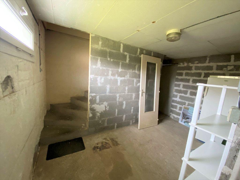 Maison à vendre 6 107.34m2 à Cuvry vignette-15