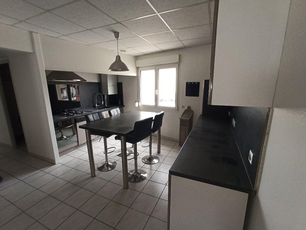 Appartement à louer 7 172.24m2 à Essey-lès-Nancy vignette-1