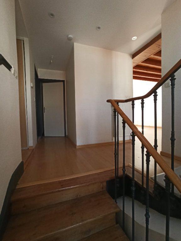 Appartement à louer 4 86m2 à Nancy vignette-14
