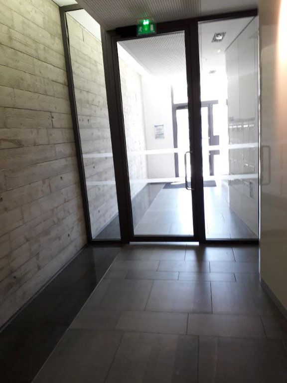 Appartement à louer 2 38.85m2 à Nancy vignette-9