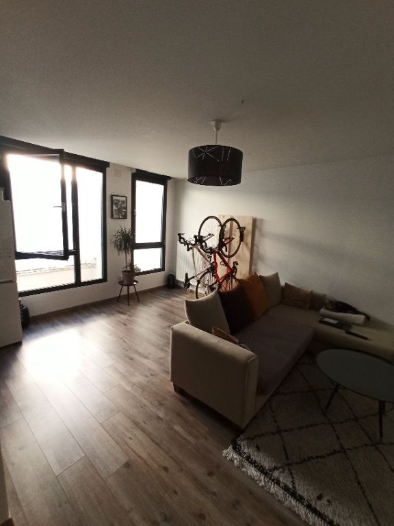 Appartement à louer 2 72.37m2 à Nancy vignette-3