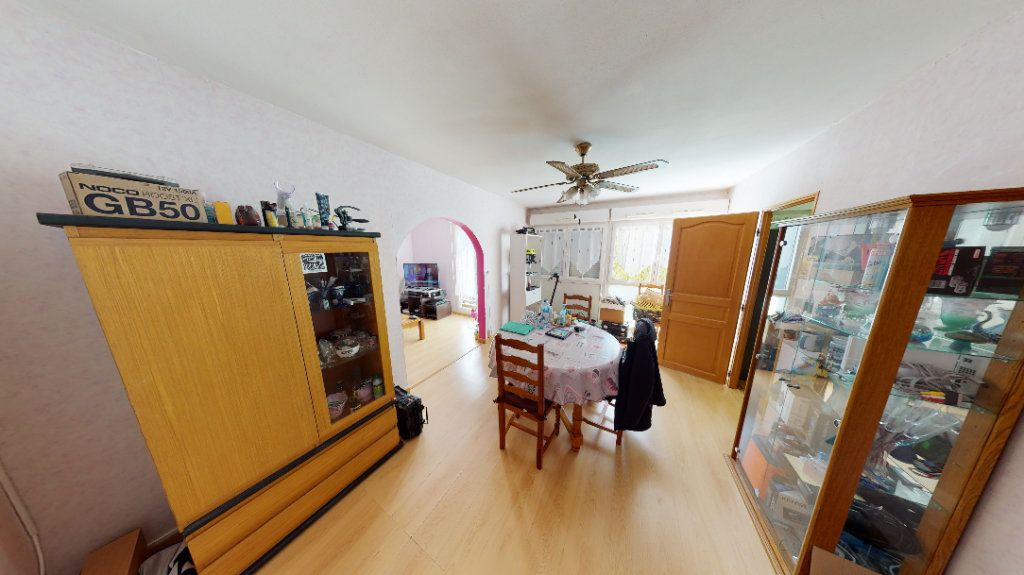 Appartement à vendre 4 77m2 à Vandoeuvre-lès-Nancy vignette-2