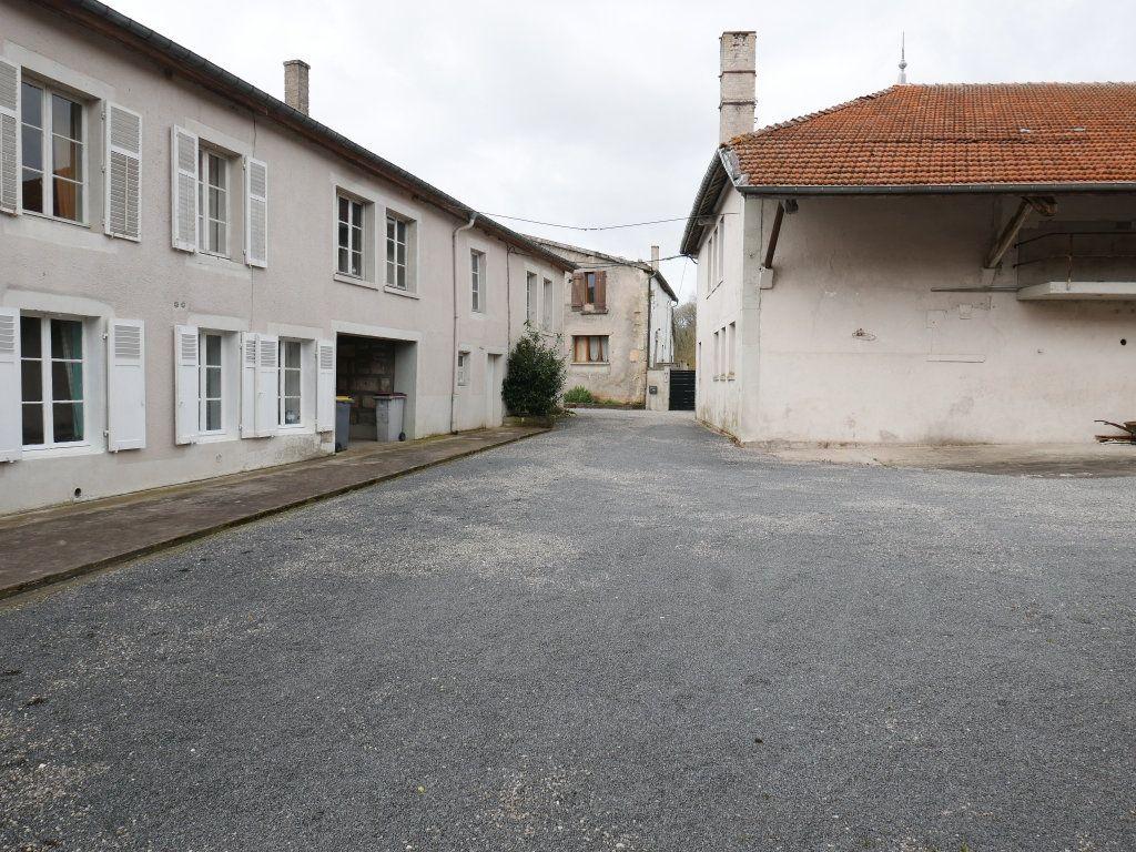 Maison à vendre 12 365m2 à Rumont vignette-6
