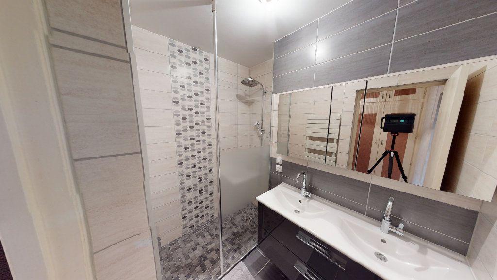 Appartement à vendre 5 102.12m2 à Metz vignette-10
