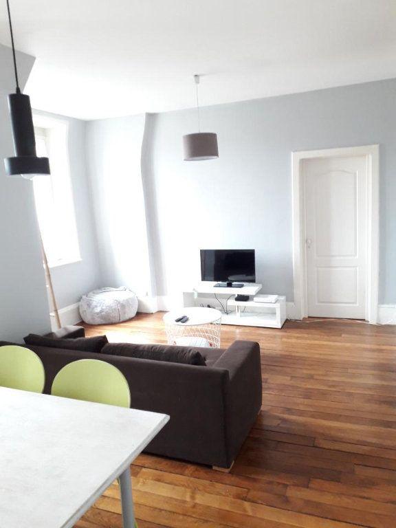 Appartement à louer 3 62m2 à Nancy vignette-2