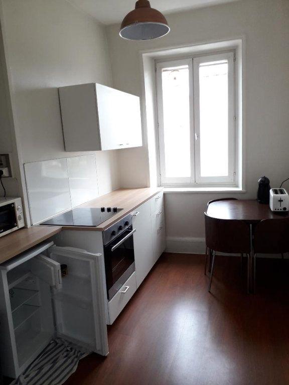 Appartement à louer 3 62m2 à Nancy vignette-11