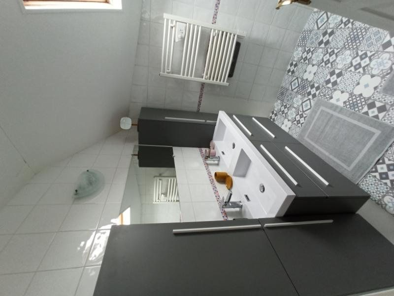 Appartement à louer 7 172.24m2 à Essey-lès-Nancy vignette-8