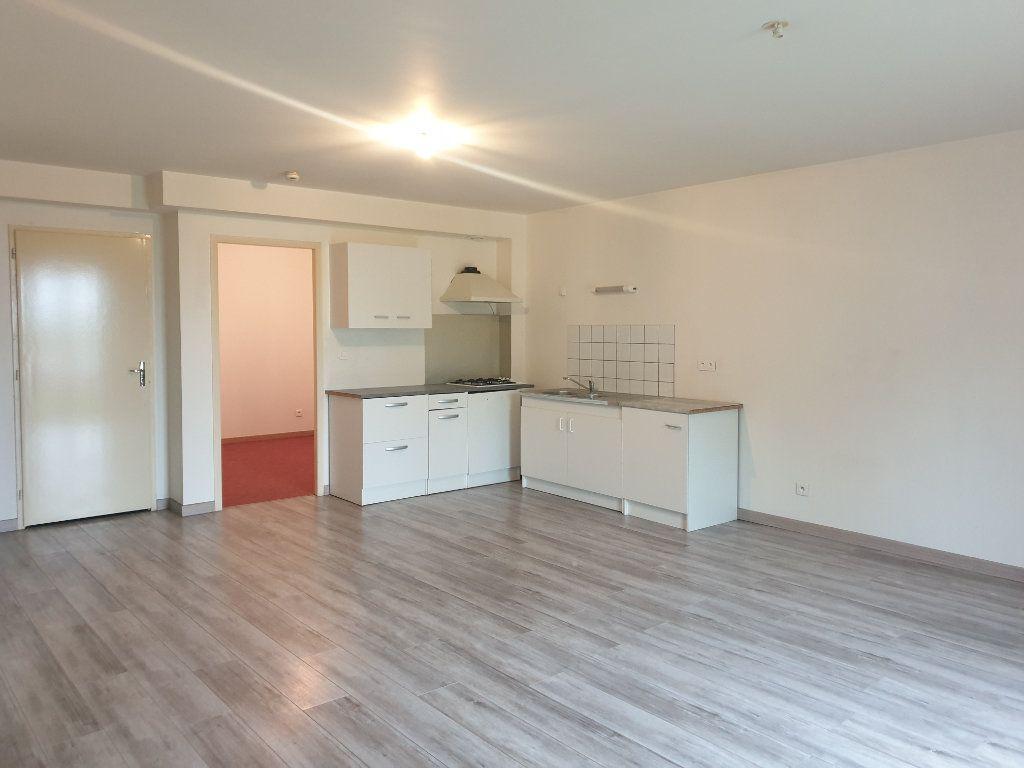 Appartement à louer 2 57m2 à Clérey-sur-Brenon vignette-2