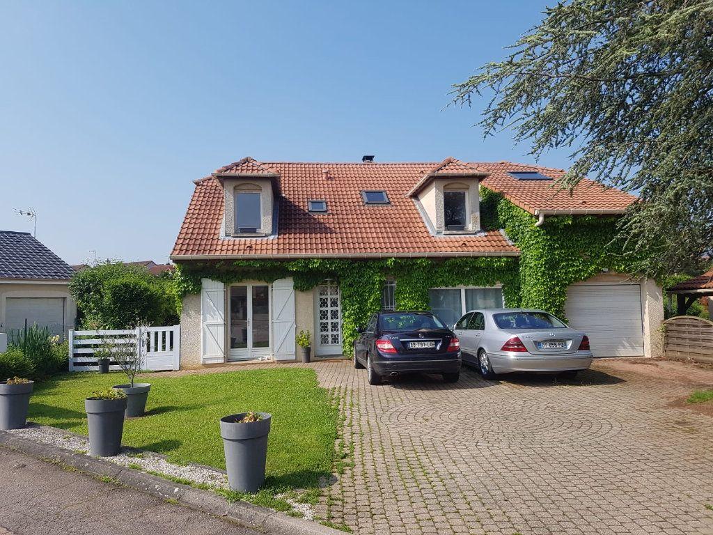 Maison à louer 9 171m2 à Velaine-en-Haye vignette-2