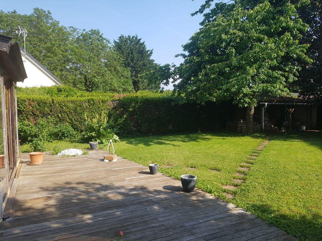 Maison à louer 9 171m2 à Velaine-en-Haye vignette-14