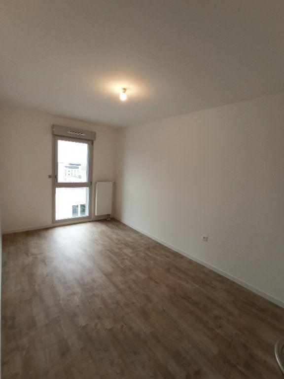 Appartement à louer 4 89.3m2 à Nancy vignette-11