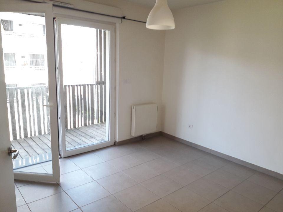 Appartement à louer 2 38.3m2 à Nancy vignette-2