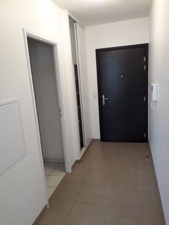 Appartement à louer 2 38.3m2 à Nancy vignette-3