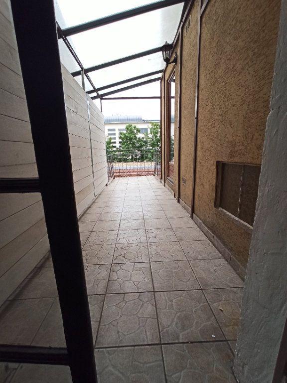 Appartement à louer 4 80m2 à Nancy vignette-11